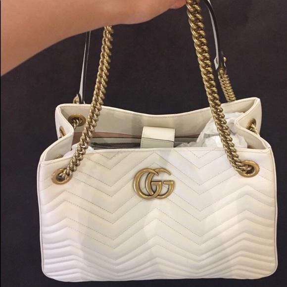 d7c13cfc104 Gucci GG medium Marmont Matelasse shoulder bag